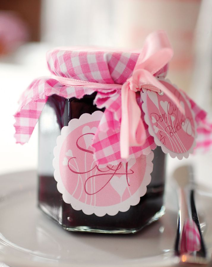 22 best images about wedding giveaways on pinterest favor boxes candy bags and wedding. Black Bedroom Furniture Sets. Home Design Ideas