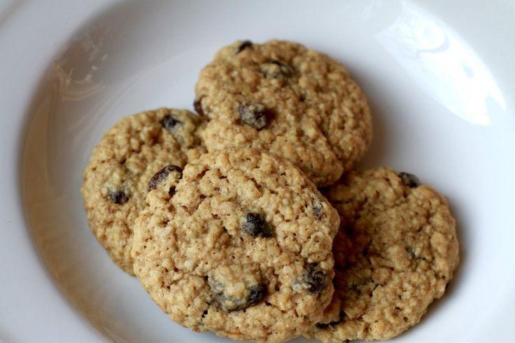 Oatmeal Raisin Cookies: Food Desserts, Oatmeal Cookies, Delicious Desserts, Cookies Bar, Raisins Cookies Curr, Cookies Recipe, Oatmeal Raisin Cookies, Oatmeal Raisins Cookies, Cookies Robins