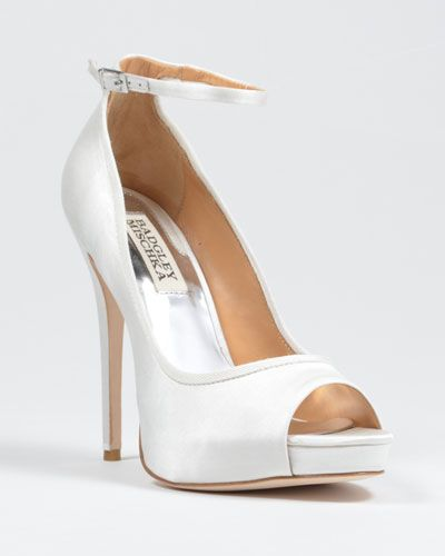 Aria Ankle Strap Pump Bridal Shoes Badgley Mischka White Wedding Pinterest And