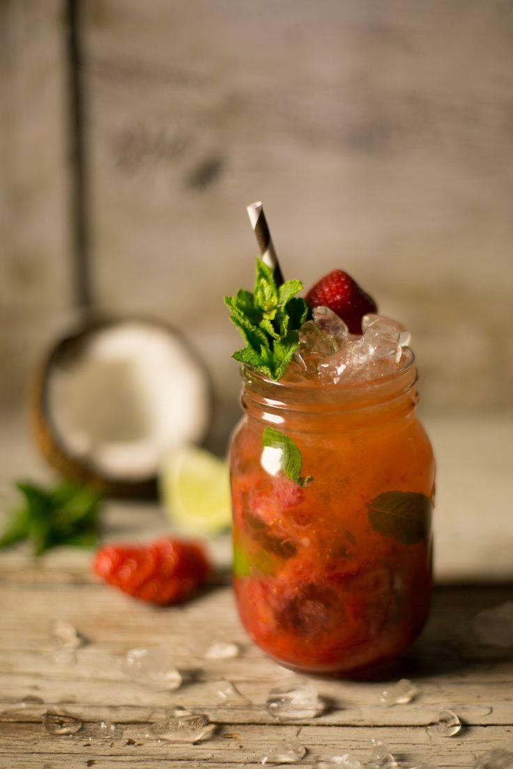 The lovely Zoella tweeted us asking for a non-alcoholic Mojito mocktail recipe. Simone gave Zoella's request a little spin and this is his Strawberry and Coconut Mojito Mocktail