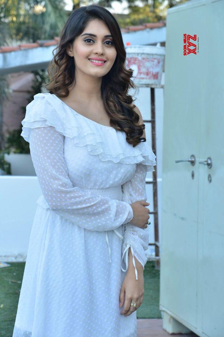 Actress Surabhi Stills From Okka Kshanam Movie Success Celebrations - Social News XYZ