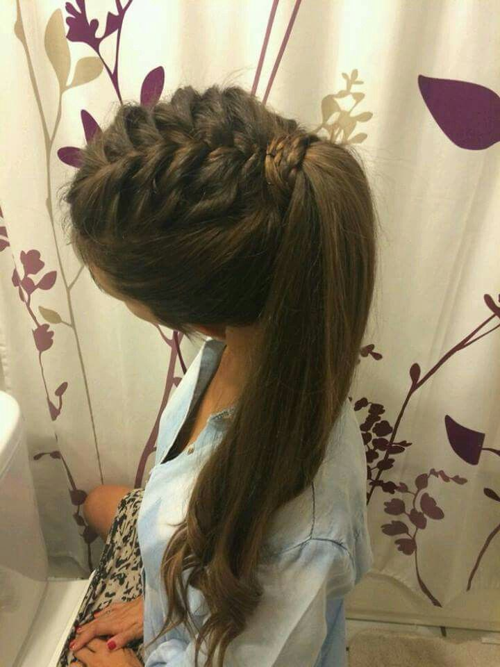 When u are Bored with your bestie and she starts to braid your hair