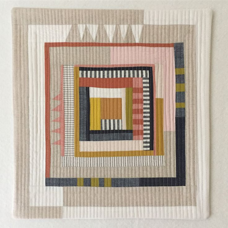 Log Cabin Mini Quilt – Call for Entries