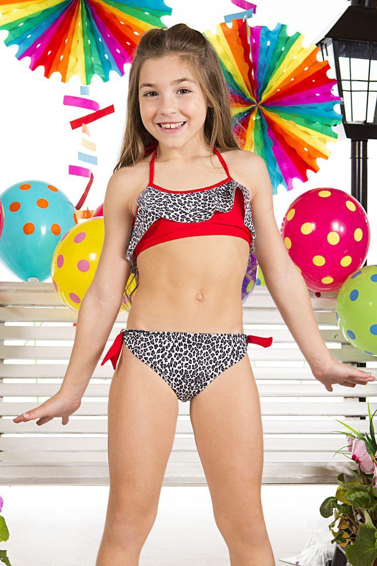 Mamelon d'adolescents de bikini