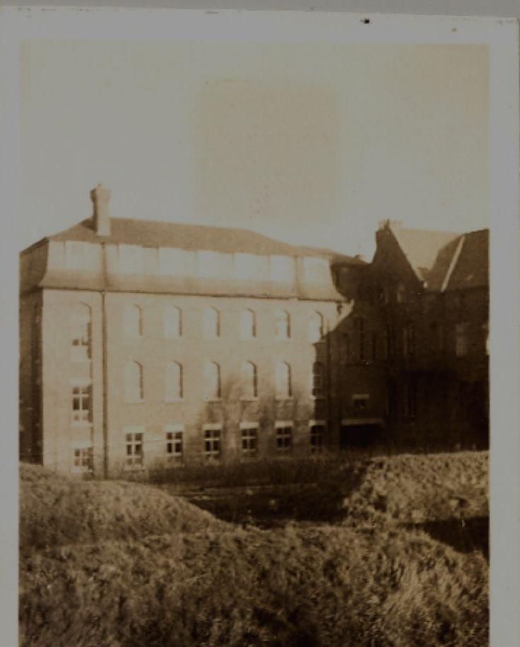 air raid shelters 1939