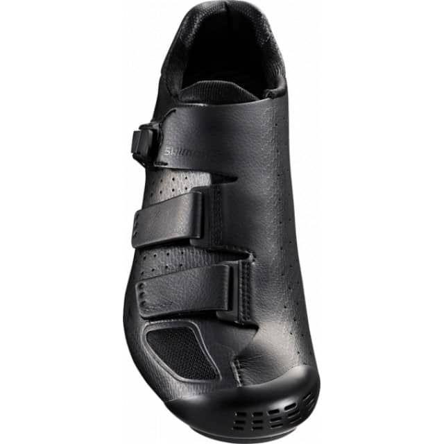 Fahrradschuhe SH-RP9L • Thermoplastische Custom-Fit Technologie • Geschmeidiges Premium-Synthetikleder aus Mikrofaser und mehrlagiges Netzgewebe für maximale Feuchtigkeitskontrolle • Flacher, präzise einstellbarer Ratschenverschluss und zwei Klettverschlüsse • Custom-Fit Innensohle mit austauschbarem Gewölbekeil • Thermoplastische Innensohlen stützen den Fuß und bieten festen Halt