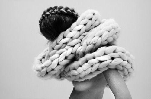 one of my fave pics. thick yarn n braids. : Knits Scarves, Big Knits, Yarns, Braids, Vans Blaaderen, Scarfs, Nanna Vans, Wool, Chunky Knits