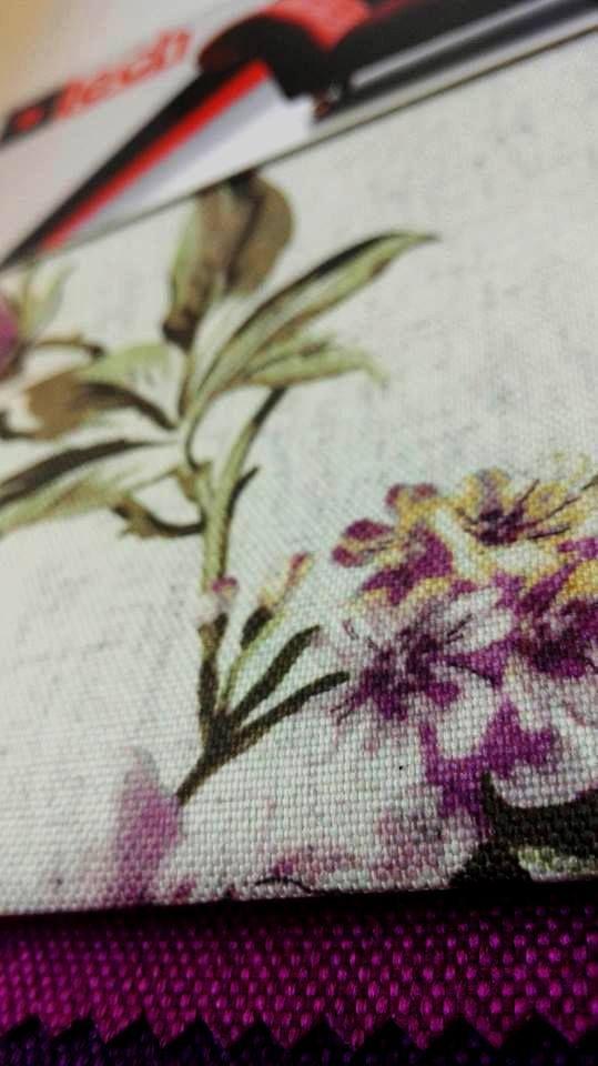 Motywy florystyczne na tkaninach meblowych są ponadczasowe. Cała gama kwiatowych wzorów dostępna jest na naszej stornie http://www.lech-tkaniny.pl/oferta/nadruk-tkanin/kwiaty/ #kwiaty #tkaniny #nadruki