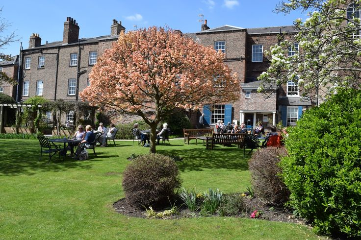 Bar Convent, York (England). Gorgeous #comfy #rooms, #stunning #garden #views and a #tranquil #peaceful #atmosphere. What more could you need for a #relaxing #weekend #away.  Check out: http://bit.ly/2abk6nk