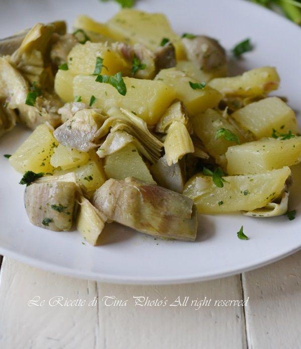 Carciofi e patate in padella un contorno facile e gustoso da servire caldo o tiepido
