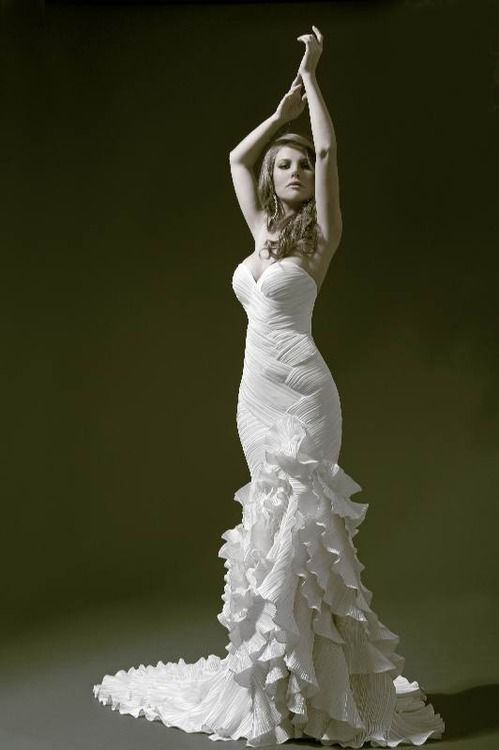 Pnina Tornai flamenco wedding gown.                                                                                                                                                                                 More