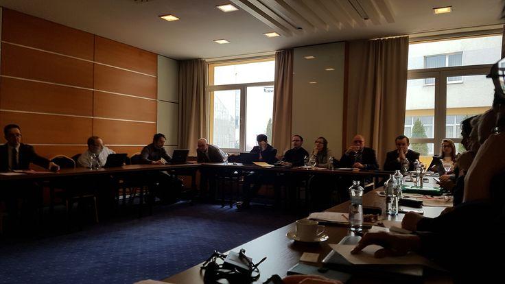 Kombinovanú prepravu chemických výrobkov brzdí nedostatok liniek V dňoch 7. a 8. marca 2018 sa v Hoteli TATRA v Bratislave konalo Nadnárodné stretnutie pracovnej skupiny projektu ChemMultimodal - Transnational Work Group meeting.
