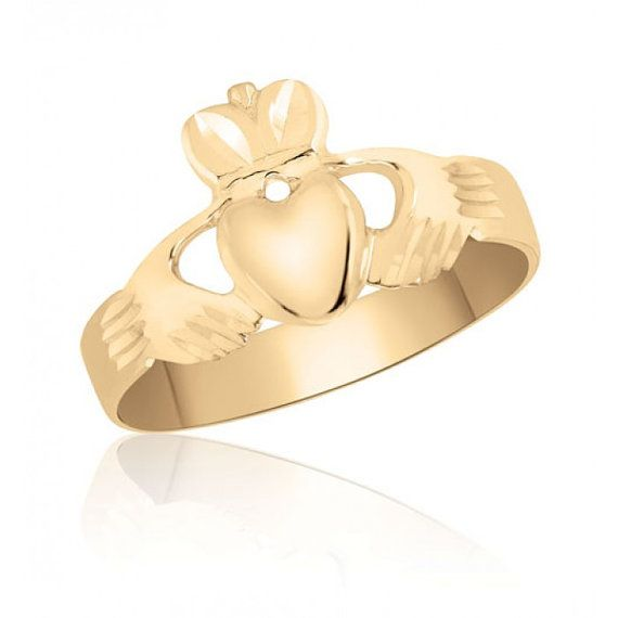 Claddagh Ring in 10K Yellow Gold – Men's Fashion – Wedding – Engagement – Promise – Love, Friendship, Loyalty