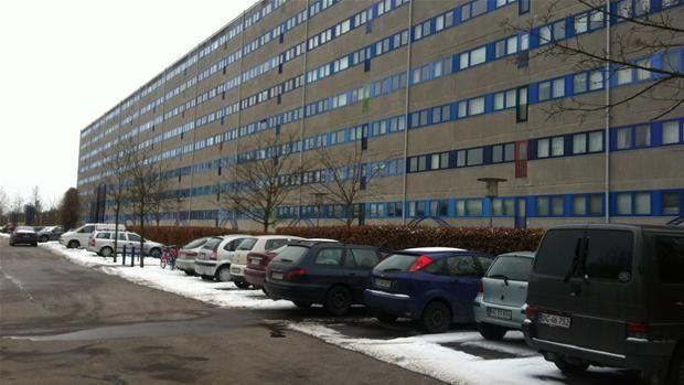 To bandevagter er fængslet for våben i Værebro