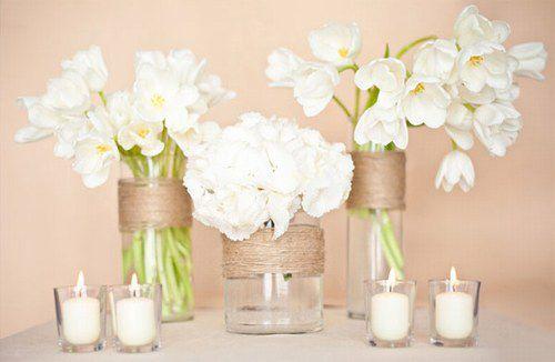 centre-de-table-vintage-lin-toile-de-jute-idees-decoration-mariage-fleurs-tulipe-hortensias