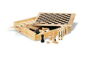 4 juegos en caja de madera TRIKES