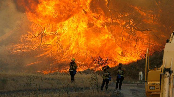 Una brutal ola de calor en California ha dejado 15.518 hectáreas de bosque arrasadas - http://www.meteorologiaenred.com/una-brutal-ola-de-calor-en-california-ha-dejado-15-518-hectareas-de-bosque-arrasadas.html