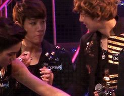 Beakhyun when Chanyeol gave him a sour candy | EXO Facts