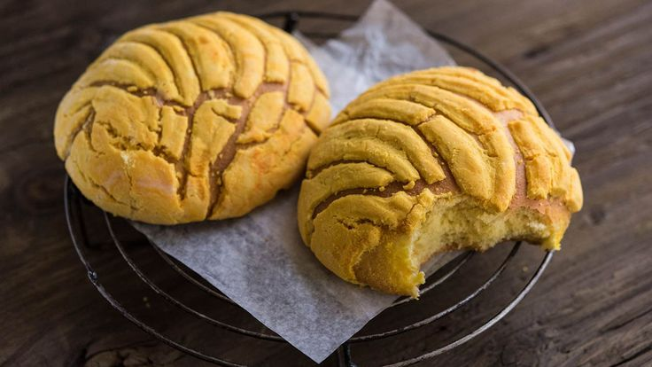 How did the ubiquitous pastry end up on every bakery menu in Mexico?