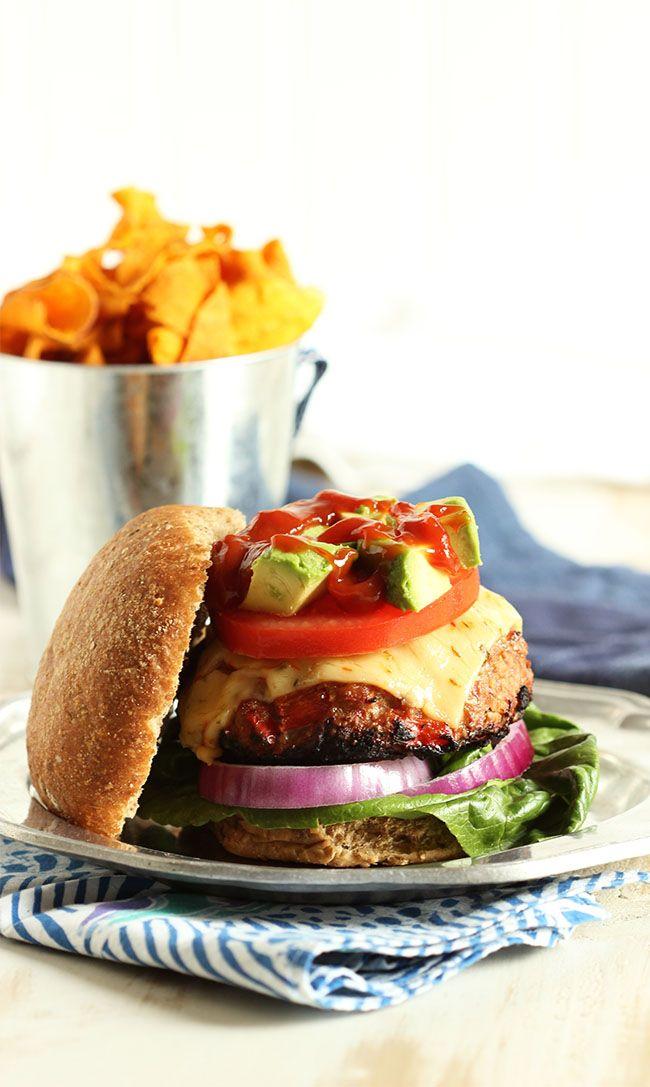 Fajita Turkey Burger with Chipotle Ketchup | The Suburban Soapbox #turkeyburger