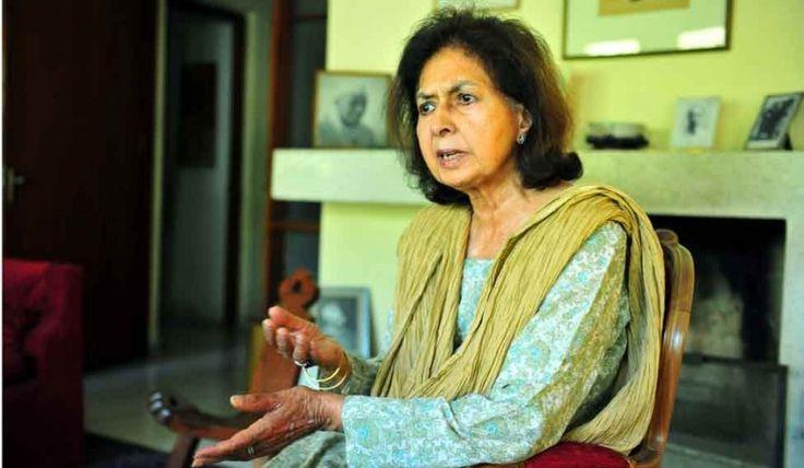 Nayantara Sahgal returns her Sahitya Akademi Award