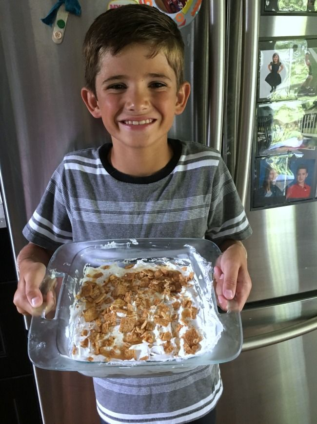 Kids Can Cook: Breakfast Dessert. Recipes for kids. Let your kids make this one all on their own. Easy dessert with Cinnamon Toast Crunch. In partnership with General Mills Cereal