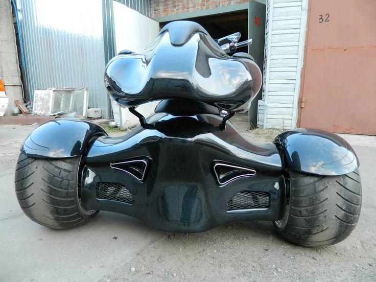 m109r custom trike