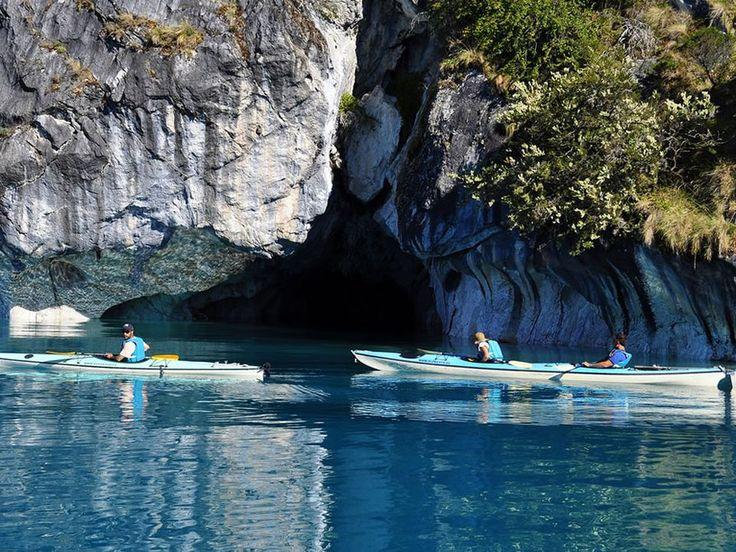 Lugares de ensueño: las cuevas de mármol en la Patagonia - Taringa!