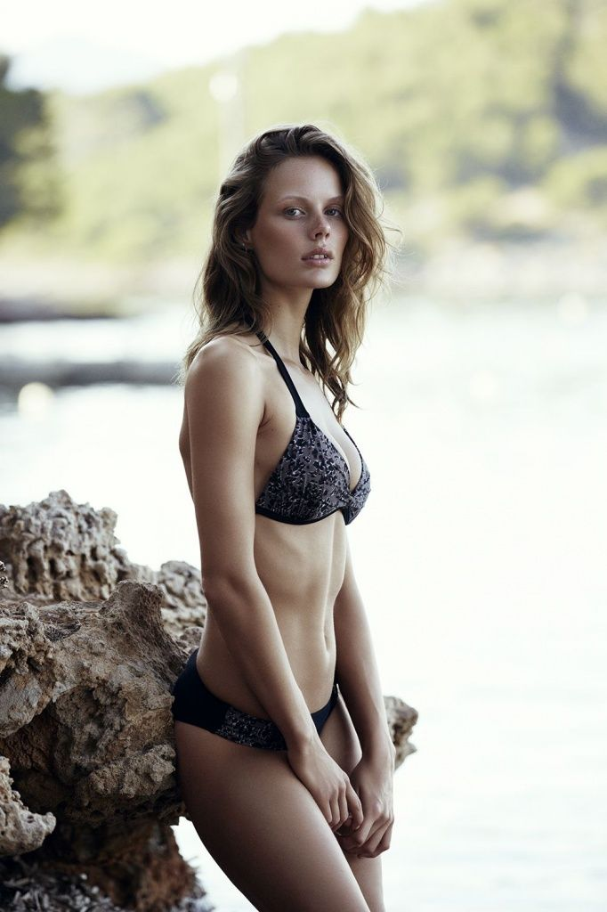 sporty patterned bikini from the #CarolineBlomst for #Esprit Beachwear Capsule-Collection