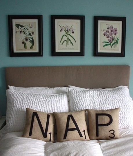 nap. cute! possible idea since we already have a white bed set for one of the guest rooms