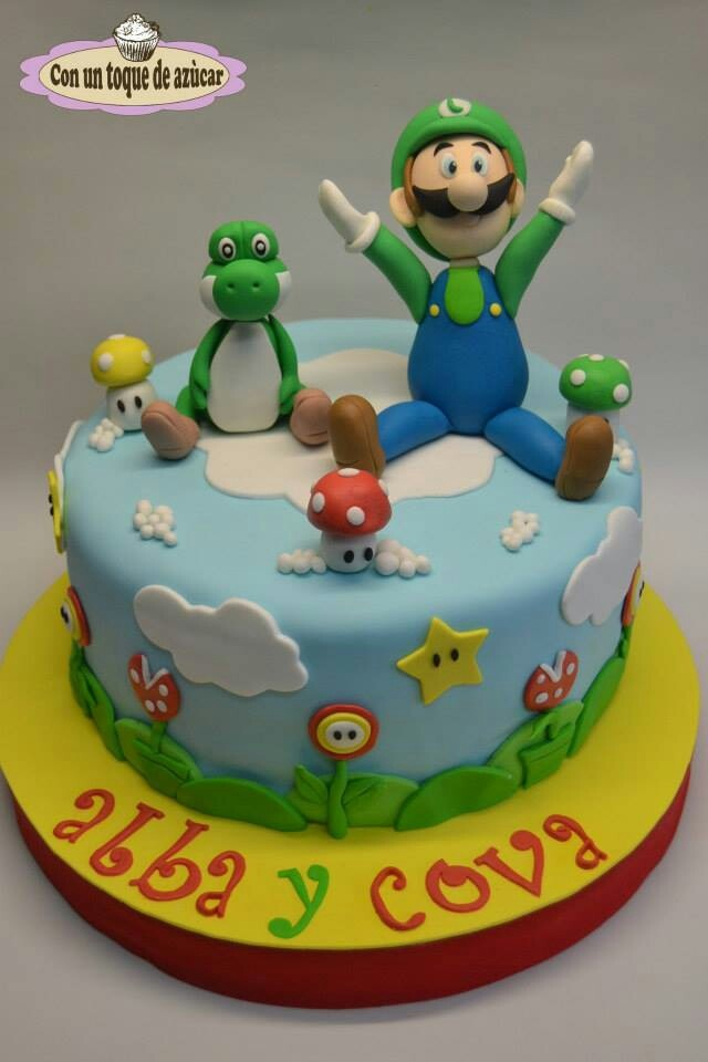 Super Mario cake-- The bottom