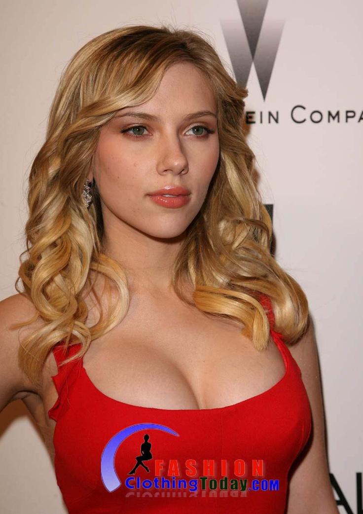 World Celebrity Wallpapers: Scarlett Johansson Hot Photo