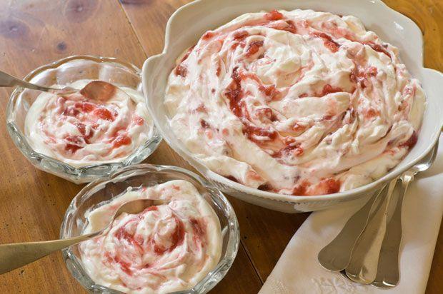 about Rhubarb season? on Pinterest | Rhubarb Coffee Cakes, Crumb ...