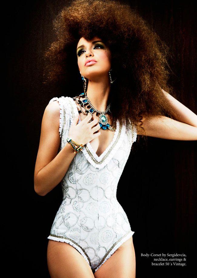#model #models #shooting #ttb #luxury #fashion #fallwinter1314 #womanfashion #editorial