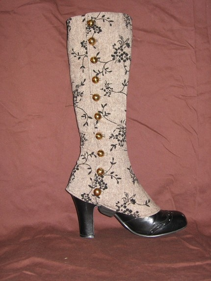 spats boots shoes victorian costume #timetravelcostumes