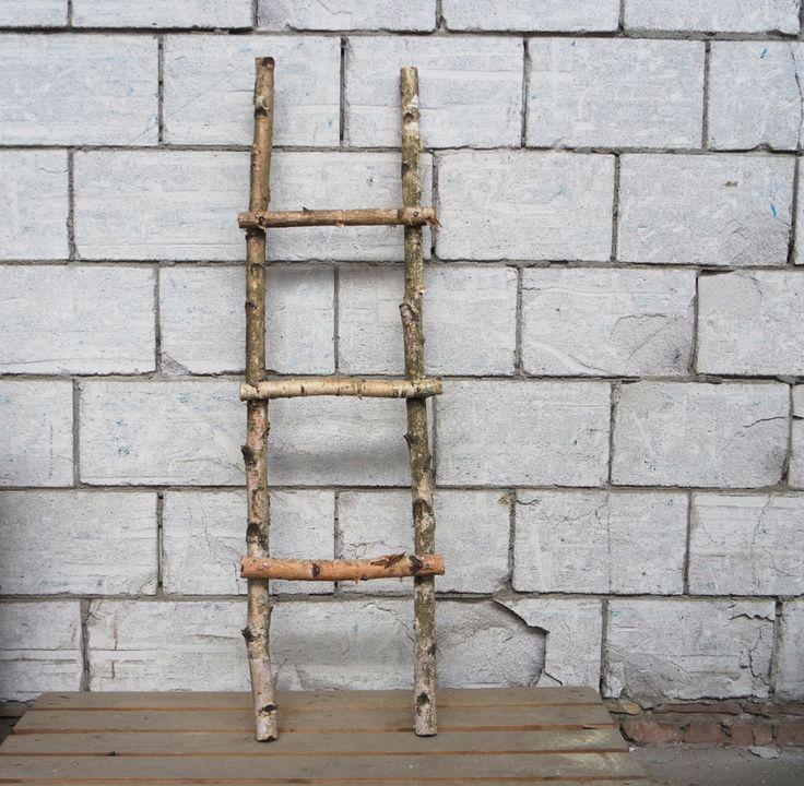 25 beste idee n over houten ladder inrichting op pinterest houten ladders houten ladder en - Deco woonkamer met trap ...