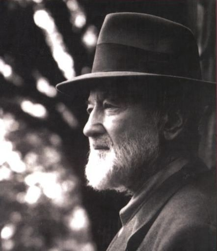 Composer charles ives 1940s compositores pinterest for The ives