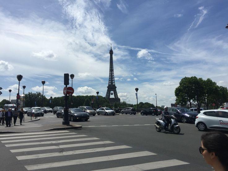 Pont de l'Alma, Tour Eiffel, Paris