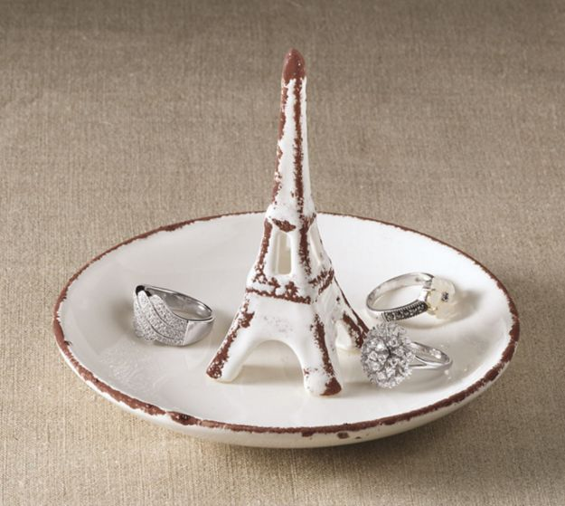 This Eiffel Tower ring bowl. | 22 Products For People Who Are Completely Obsessed With Paris
