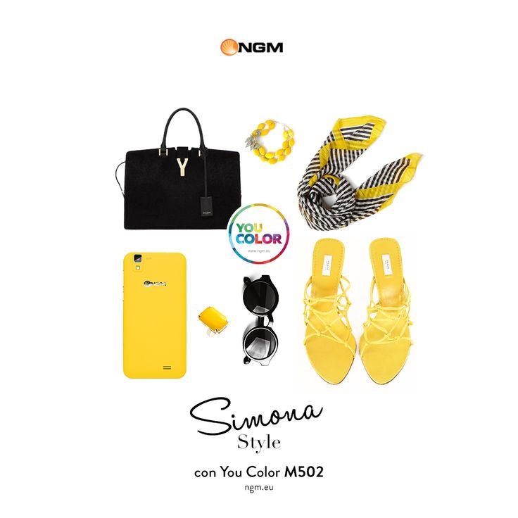 Vi auguriamo un weekend solare e luminoso come quello di Simona, che ha scelto la #suitCOVER #Yellow #Sun, da abbinare al proprio outfit! #HappyWeekend con #NGM!  #YouColor   #ColorYourSmartphone  #21inuno  www.ngm.eu