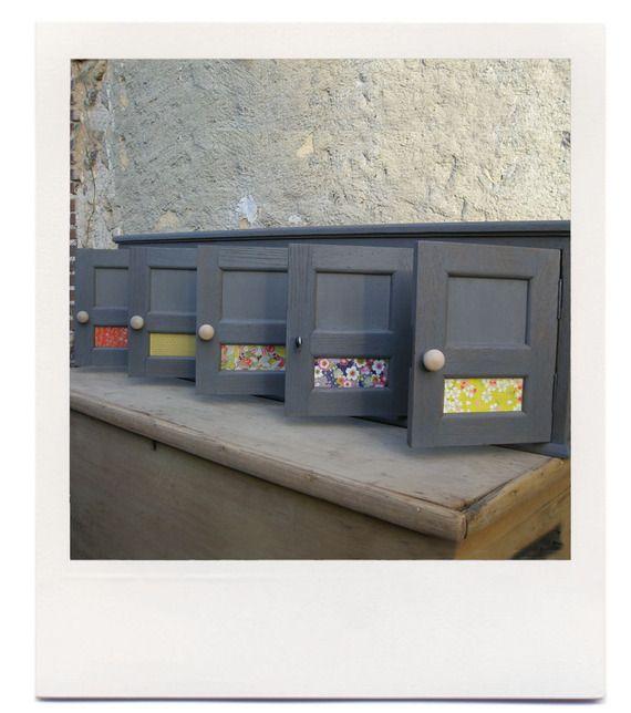 Boites aux lettres collectives anciennes en chêne - 15€