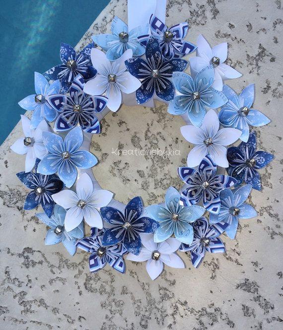 Corona di fiori di carta origami!  Questa bella blu e bianco Origami fiore corona di Natale sarebbe uno stand fuori nella vostra casa!! Questo