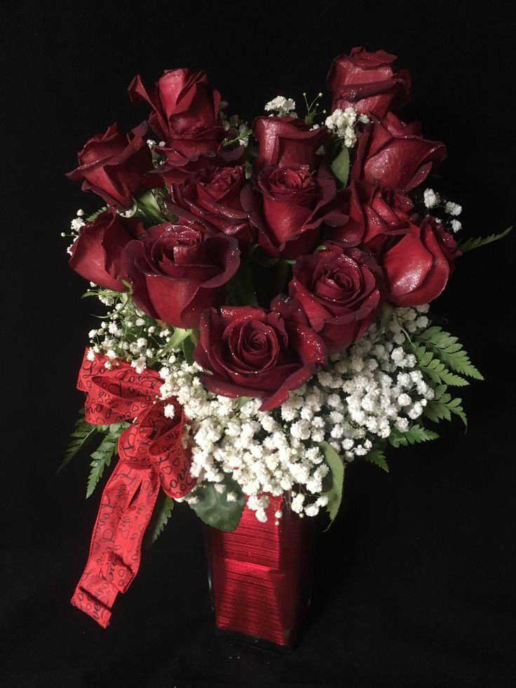 "Teleflora's ""Heart and Soul"" bouquet. Over one dozen red roses arranged in a heart and surround by babies breath. #2018 #teleflora #heartandsoul #redroses"