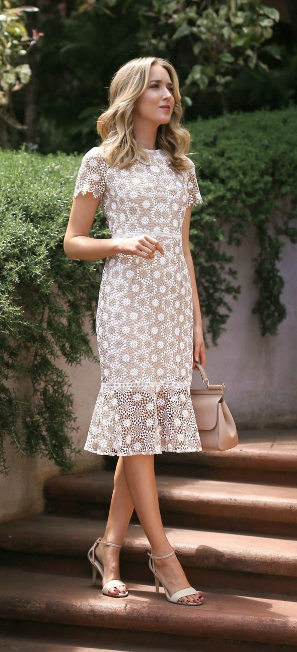 Click for outfit details! Tan and white round disc lace fit and flare sheath dress + white strappy sandals, what to wear to baptism or christening {shoshanna, sam edelman}