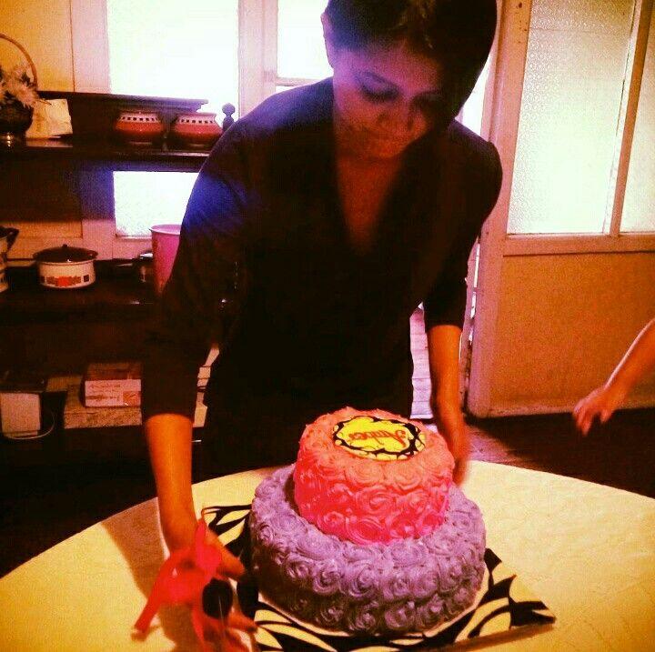 Bakers bake cake !!