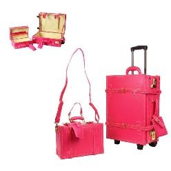 vintage suitcase to travel in style