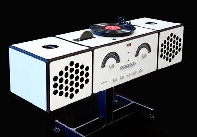 Radiofonografo stereofonico    1965 Design: Achille and Pier Giacomo Castiglioni    1965, re-edition 2008 Production: Brionvega, Brionvega/Sim2