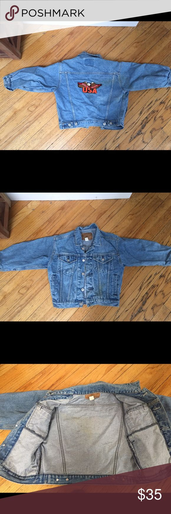 "Harley Davidson GAP Kid's-Size Denim Jacket Harley Davidson GAP Kid's Size Denim Jacket Logo linen patch on back, Collar to hem 19"", Waist 14"", Sleeve from shoulder to cuff 15"". Excellent condition with shiny, unscratched buttons, distressed-look leather label. Size label reads S/P but dimensions are for kid-fit not small adult fit GAP Jackets & Coats Jean Jackets"