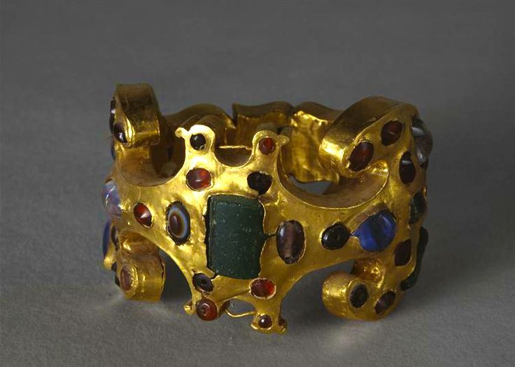75 best jewelry ancient and middle ages images on Pinterest