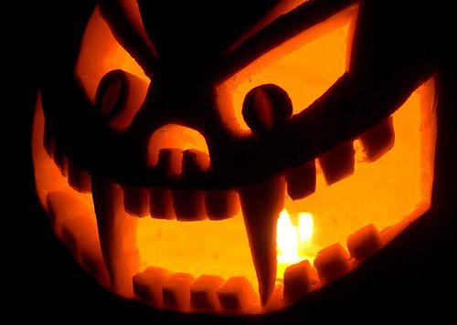 It's inching closer and closer to my favorite day of the year. That's right! Halloween is a mere fifteen days away. While I'm super excited ...